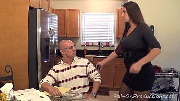 madisin lee in milf mom xxxfuckporn helps son with his term paper blue balls
