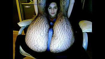 babe uselessjunk con sexydea masturbating on live webcam
