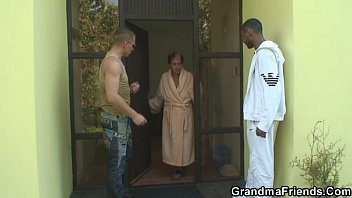 nude women fight two dudes have fun with granny