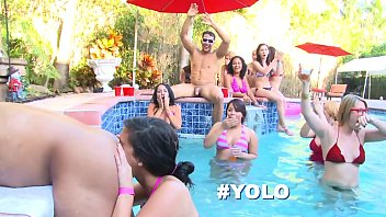 dancing bear - bride to be wildin out x nxx with her slutty friends in the pool