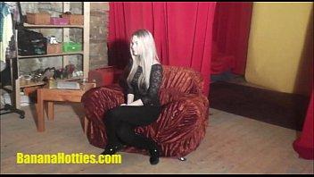xxxxxxxx 19yo blonde at her very first casting