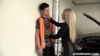 old and rich leather amerikan sex dressed slut fucks the car repair guy