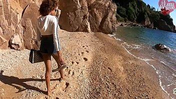 sunny leone brazzers public beach hidden blowjob