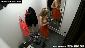 voyeur two security cams in hamstersex changing room