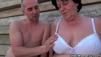 mature hot hot sex moms getting fucked outdoors