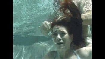 xxx m underwater blowjob