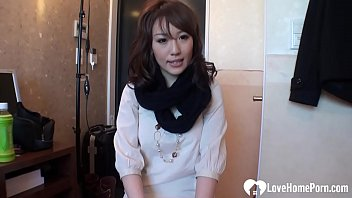 lovely emiri is here to www pusy get fucked hard