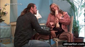 blonde portube hoe wants a huge dildo rather than a cock