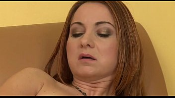 horny milf brazzar playing with herself - mynastycams.com