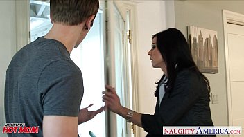 superb mom grocery store milf kendra lust gets nailed