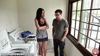 jennifer dark is offering a bj for a young boy to sex nxx leave her alone
