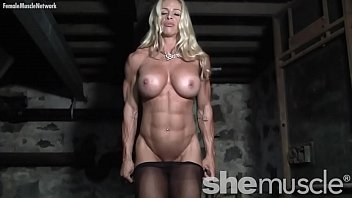 naked youzijj female bodybuilder in pantyhose gets dirty