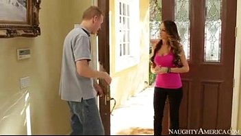 kortney kane latin angel nude presentandose a su nuevo vecino