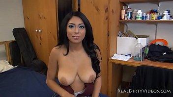 ladki ki chut ki chudai amateur latina slut alicia takes on first big cock on camera