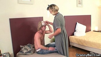 morning prono vedio sex with mature cleaning woman