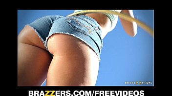 remy lacroix oils pron videos up her juicy ass for rough anal by the pool