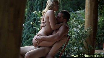 land chut ki photo cock nibbling babe gobbles her man