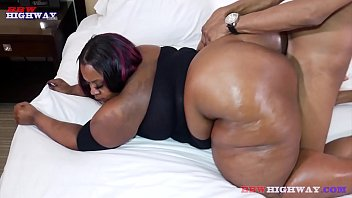 big booty bbw romancesex mom taking big cock