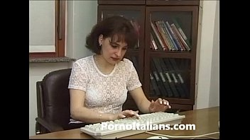 moglie infedele scopa in ufficio - cheating wife fucks in the office forced sex office - italian