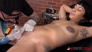 selena savage gets a pussy xxww tattoo then sucks two dicks