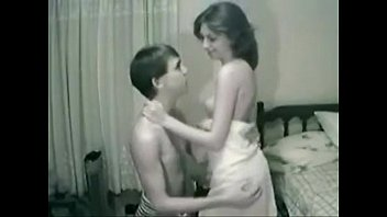 not brother girls twirking naked and sister having fun on www.camgirlswithbigboobs.com