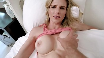 fucked my sex boy   girl hot step mom while she got stuck making the bed - cory chase