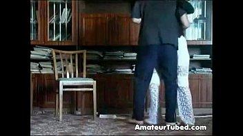 www mp4 sex video mom undresses