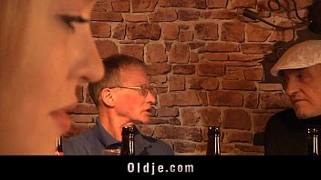 english oldman xvdos fucks cute american blonde in a pub