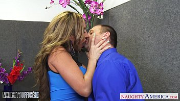brown haired richelle ryan gets facialized www cerdas com in the office