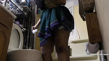 south porn99 indian maid cleans and showers hidden camera