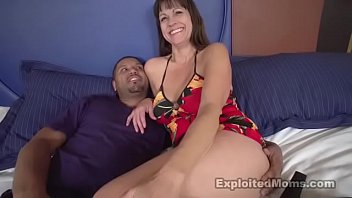 sexy blu exploited moms