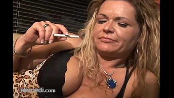 mature kelly leigh shows fucing off her feet and toes exclusive fetish mature milf