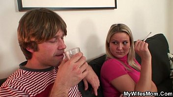 she watches her mom rides softcore 69 com her bf s cock
