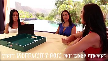 step daughters and mom skooka fuck in 3some