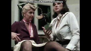 juliet anderson lisa de small chut photo leeuw little oral annie in classic porn movie