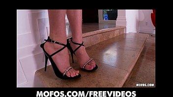 perky latina beauty strips and masturbates to my free cam com orgasm on cam