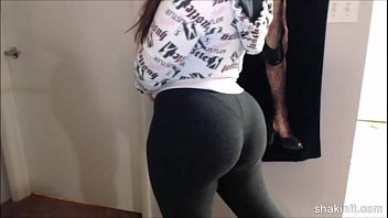 latina pronmd beauty shakin her booty in spandex after working out the gym 202camgirlz.com