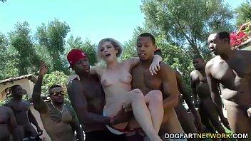 swim instructor dahlia sky sucks many dancing cock com black cocks