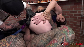 rosie rayes fucked while having her nude sex asshole tattooed
