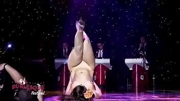dance competition main ye kya sexy naked men and women hua - whatsappgrouplink