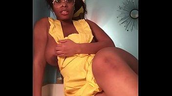 lexijayne                  naughty housewife teaser