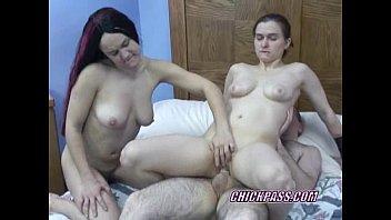 swinging sarah in a threesome with wwwwsex slutty kathy