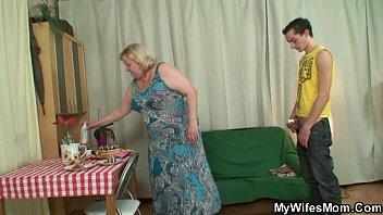 horny x veido granny seduces her son in law