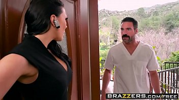 dirty masseur - rubbing a cock in her poon scene hd fucking starring rachel starr and charles dera