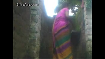 indian village portube aunty bath