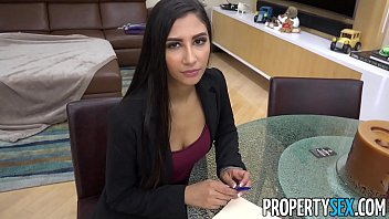 propertysex - hot real estate agent cheats on boyfriend to land real www damplips com estate deal