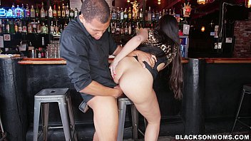 bartender xxx po is a black cock slave