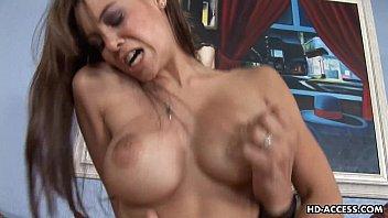 busty bitch gets mujeres eyaculando her soaking wet pussy plastered