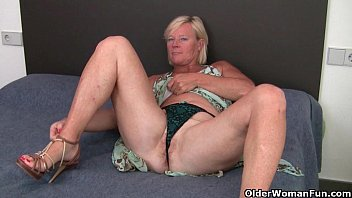 grandma pushes a dildo up her ass nacked girls and pussy