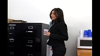 office mfuq com sex with a busty secretary in sexy hosiery